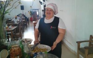 CHEF JUANITA: aprenda a preparar um belo Bife com molho de mostarda