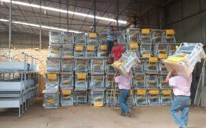 BONITO: Prefeitura prepara a entrega de 1.350 carteiras escolares