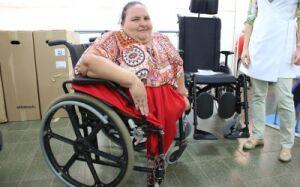 BONITO: Prefeitura entrega nove cadeiras de rodas a pacientes do município