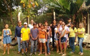 Alunos participam de mutirão de limpeza e orientações para combater o mosquito da dengue em Bonito
