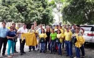 Prefeitura entrega novos uniformes de trabalho aos agentes de endemias e equipe da UPL