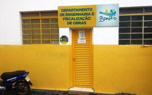 Fiscalização da prefeitura e Crea-MS verificam obras em Bonito