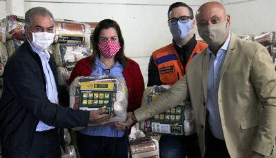 Em nova entrega de cestas básicas, Reinaldo Azambuja destaca atendimento de 1,6 mil idosos