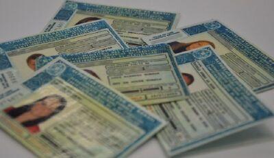 Idoso é flagrado com CNH falsa e diz que pagou R$ 6 mil pelo documento em Bonito
