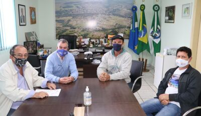 Guias de turismo recebem imunização contra gripe em Bonito (MS)