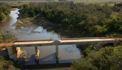 Governo de MS leva infraestrutura urbana e pontes para escoar produção em Jardim