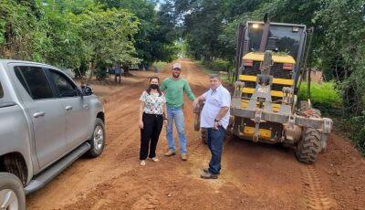 BONITO: Josmail vistoria obras de patrolamento e a construção de 3 salas de aula no Águas do Miranda