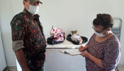 PMA doa pescado apreendido para associação que cuida de idosos na cidade de Miranda