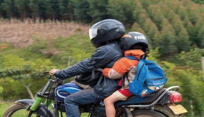 NOVO CÓDIGO DE TRÂNSITO: Nova Lei proíbe o transporte de menores de 10 anos em motocicletas