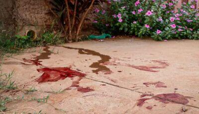 Mulher quebra garrafa e fura marido, após levar paulada na cabeça em MS