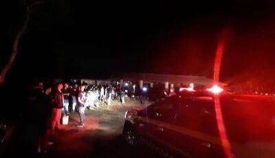 Com mais de 150 pessoas, festa open bar em chácara é encerrada pela Guarda Municipal