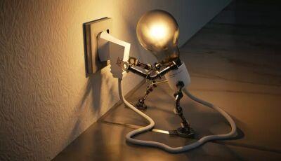 Conta de luz deve subir 15% em julho, entenda