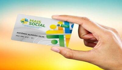 Governo de MS entrega cartões do Mais Social que vai beneficiar cerca de 100 mil famílias