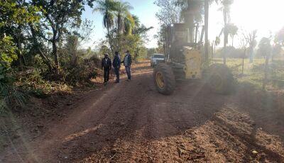 BONITO: Trabalho de patrolamento em ritmo acelerado nas estradas de acesso aos atrativos turísticos