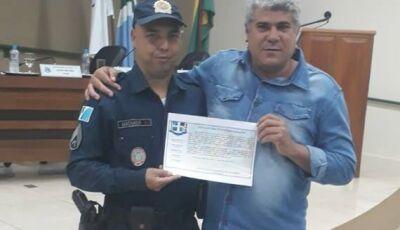 Câmara homenageia Policiais Militares da 1º CIPM por apreensão de 300 quilos de maconha em Bonito