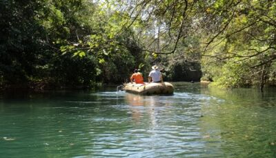 Em Bonito (MS), Imasul ignora, mas PMA flagra despejo irregular de esgoto no Córrego Bonito