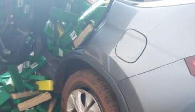 Carro roubado em MG é apreendido com 1,2 t de maconha na MS-164 em Maracaju (MS)