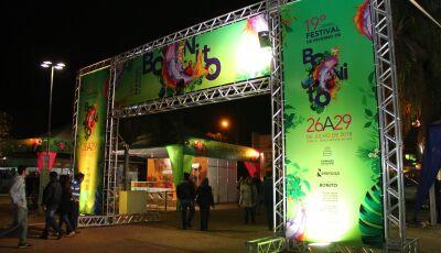 Com cidade cheia, festival deve movimentar R$ 14 milhões em Bonito (MS)