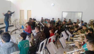 Banda Municipal de Bonito apresenta-se em Bela Vista