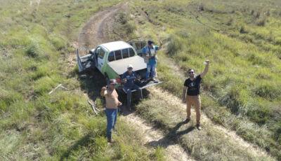 Atolado no Pantanal, grupo usa drone para enviar bilhete com pedido de ajuda