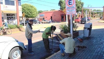 DEMTRAT inicia a instalação de 299 novas placas de trânsito em Bonito (MS)