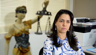 Mulher tem 40% do corpo queimado pelo marido enquanto amamentava em Campo Grande