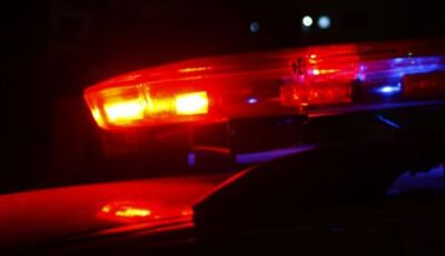Jovem com filha de 10 meses no colo é assaltada por bandidos em moto na capital de MS