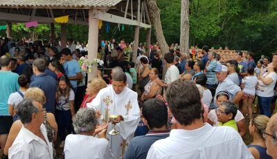 Feriadão teve missa, romaria para Nossa Senhora e carreata 'BolsoRei' em Bonito (MS)