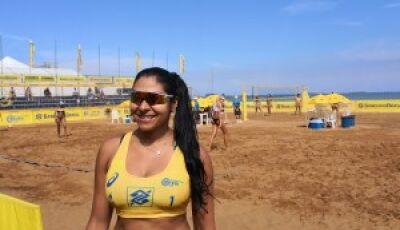 Jogadora de Mato Grosso do Sul  supera leucemia e volta à areia