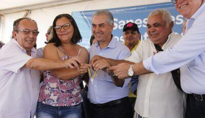 Governador Reinaldo Azambuja conclui MS-178 e entrega casas para 64 famílias em Bonito (MS)