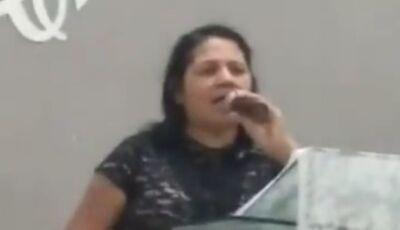 Pastora morre enquanto cantava em culto em Campo Grande