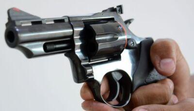 Em um ano, dobra emissão de porte de arma em Mato Grosso do Sul