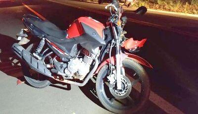 Casal se fere em acidente entre moto e caminhonete de família que ia para Miranda