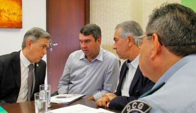 Reinaldo quer ampliar parcerias para usar câmeras de segurança privadas na prevenção de crimes