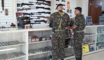 Exército inicia operação de fiscalização de comércios de armas