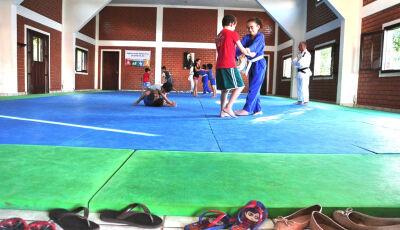 Projeto Judô na Escola atende alunos da rede municipal em Bonito (MS)