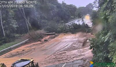 Quedas de barreiras interditam as rodovias Rio-Santos, Anchieta e Tamoios