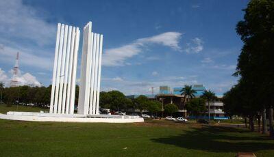 UFMS abre concurso com 35 vagas para professores e salários de até R$ 10 mil