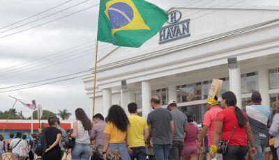 Dono da Havan manda 'recado' a manifestantes após protesto em frente a loja de Dourados