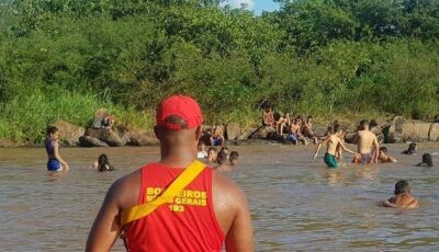 Jovem que morreu em cachoeira se desequilibrou ao tirar 'selfie'