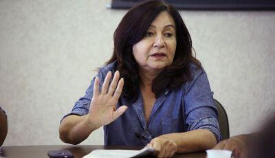 Délia reduz gratificação a 8 procuradores que custaram R$ 206 mil em maio