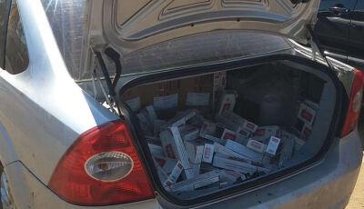 Veículo roubado é recuperado com mais de 1,8 mil pacotes de cigarros