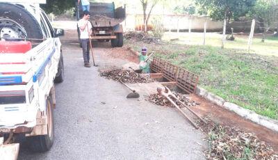 Secretaria de Obras está limpando e revitalizando bueiros em Bonito (MS)