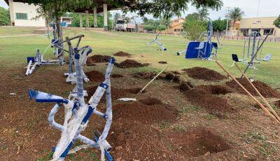 Rodoviária começa a receber a 1ª de 4 academias ao ar livre que a prefeitura vai instalar em Bonito
