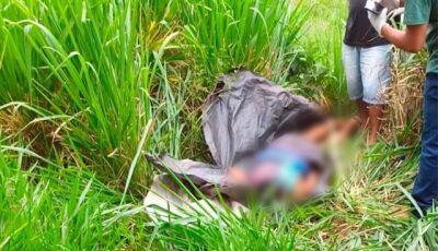 Homem é morto a golpes de machado na cabeça e corpo jogado em matagal