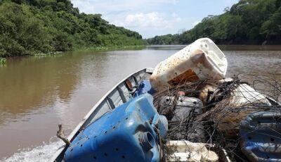 Imasul participa de mutirão que retirou 6 toneladas de lixo do Rio Miranda