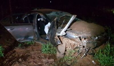 Homem morre ao fugir da PRF e capotar veículo com maconha na BR-463