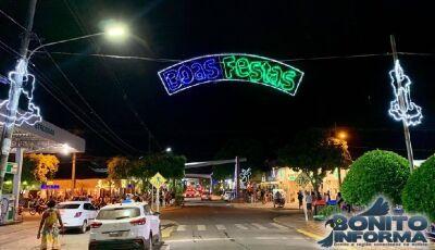 Confira algumas FOTOS da decoração natalina de Bonito (MS)
