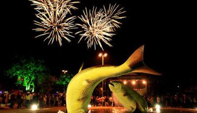 Show da virada acontece nesta segunda (30) e terça (31) na Praça da Liberdade em Bonito (MS)