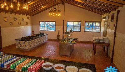 Especial IDB: restaurante da Nascente Azul inova e serve até comida vegana, em Bonito